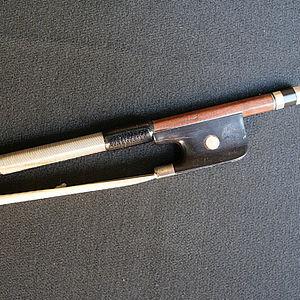 französicher Cellobogen Voirin-Schule 1