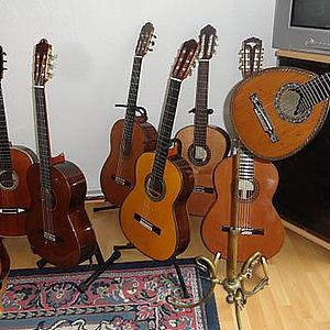 diverse Konzertgitarren fürSolisten 2