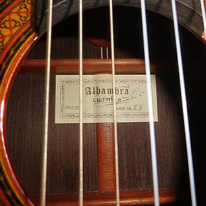 diverse Konzertgitarren fürSolisten 3